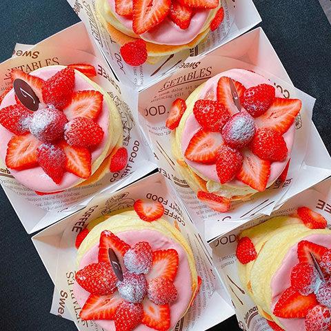 2020花蓮草莓系甜品-Jun's Soufflé 舒芙蕾專賣店-草莓麻糬舒芙蕾鬆餅